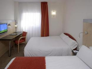 Holiday Inn Express Malaga 04