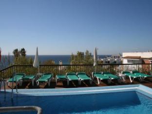 Hotel Plaza Cavana Nerja 01