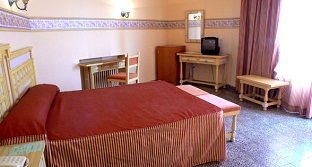 Torreblanca Hotel Fuengirola 02